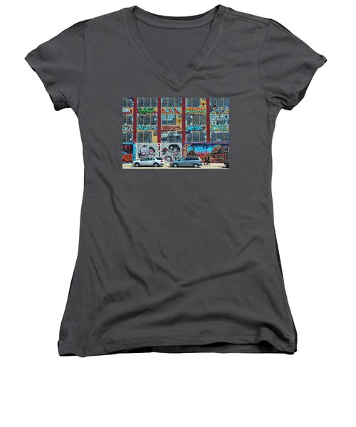 5 Pointz Graffiti Art 10 Women's V-Neck