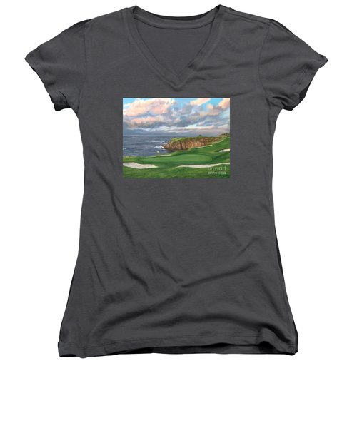 8th Hole Pebble Beach Women's V-Neck T-Shirt (Junior Cut)