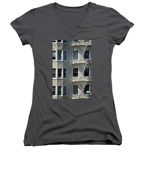Women's V-Neck T-Shirt (Junior Cut) featuring the photograph Alamo Square San Francisco by Steven Richman