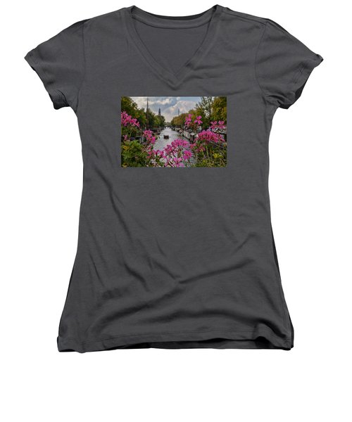 Amsterdam Women's V-Neck T-Shirt (Junior Cut)