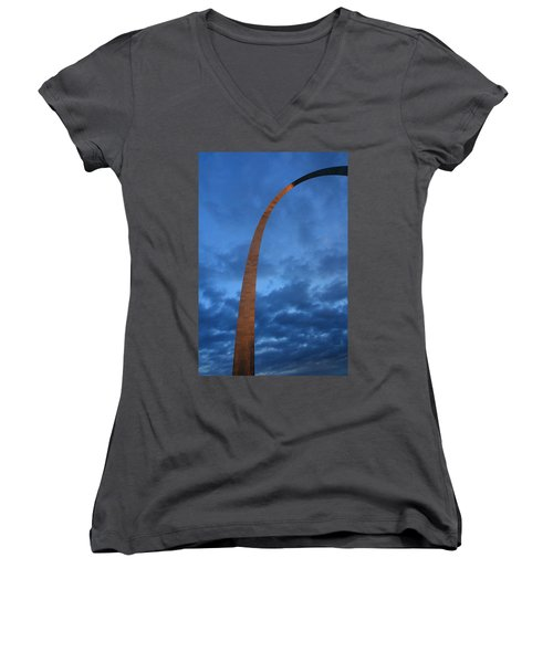 Arch Glow Women's V-Neck (Athletic Fit)