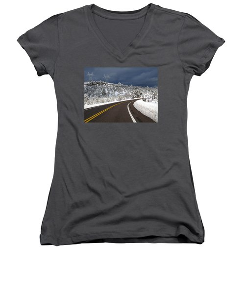 Arizona Snow 2 Women's V-Neck (Athletic Fit)