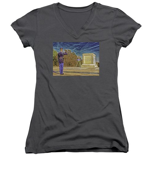 Arlington Cemetery Tomb Of The Unknowns Women's V-Neck (Athletic Fit)