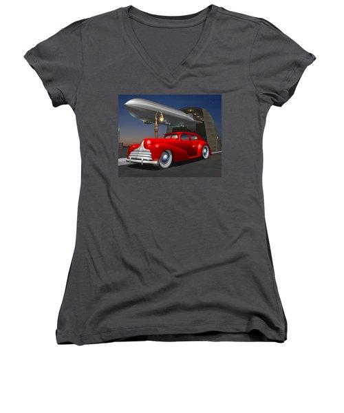 Art Deco Sedan Women's V-Neck T-Shirt