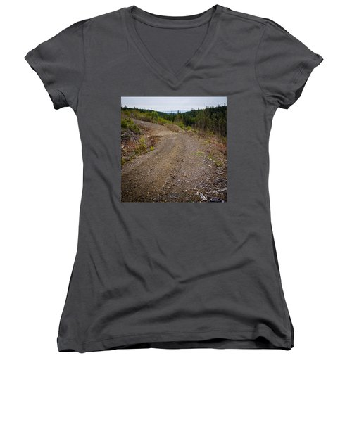 4x4 Logging Road To Adventure Women's V-Neck
