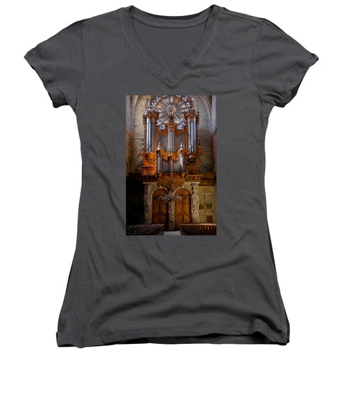 Beziers Pipe Organ Women's V-Neck (Athletic Fit)