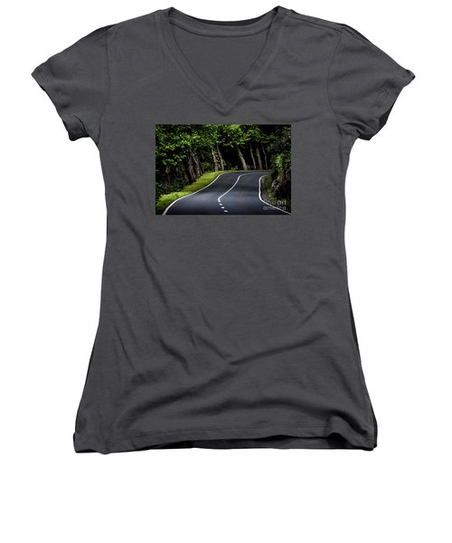 Big  Road Women's V-Neck (Athletic Fit)
