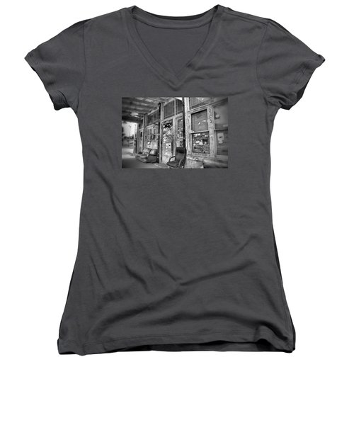 Blues Club In Black And White Women's V-Neck T-Shirt