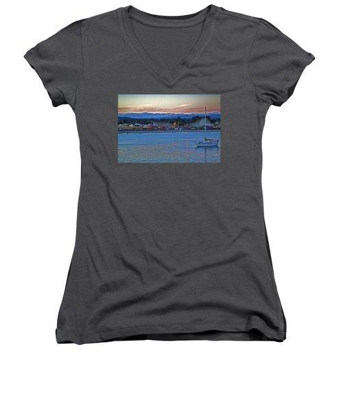 Boat At Dusk Santa Cruz Boardwalk Women's V-Neck T-Shirt (Junior Cut)