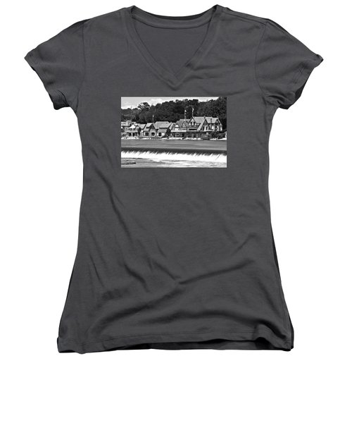 Boathouse Row - Bw Women's V-Neck T-Shirt