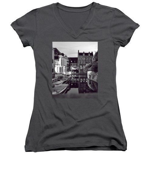 Bruges Canal In Black And White Women's V-Neck T-Shirt