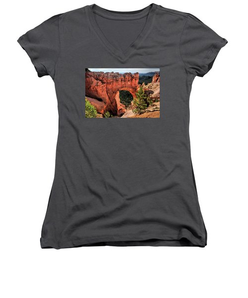 Bryce Canyon Arches Women's V-Neck