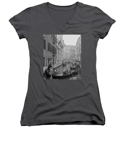 Busy Day In Venice Women's V-Neck T-Shirt