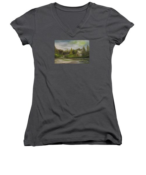 Cabin Retreat Women's V-Neck T-Shirt