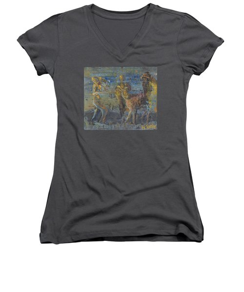 'can't Force A Mule' Women's V-Neck (Athletic Fit)
