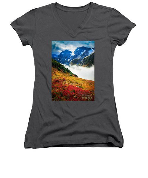 Cascade Pass Peaks Women's V-Neck T-Shirt