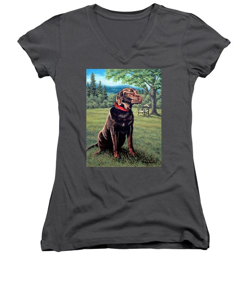 Chocolate Lab Women's V-Neck T-Shirt