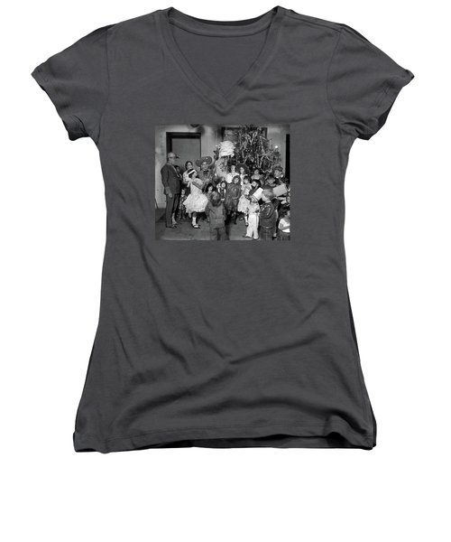 Women's V-Neck T-Shirt (Junior Cut) featuring the photograph Christmas, 1925 by Granger