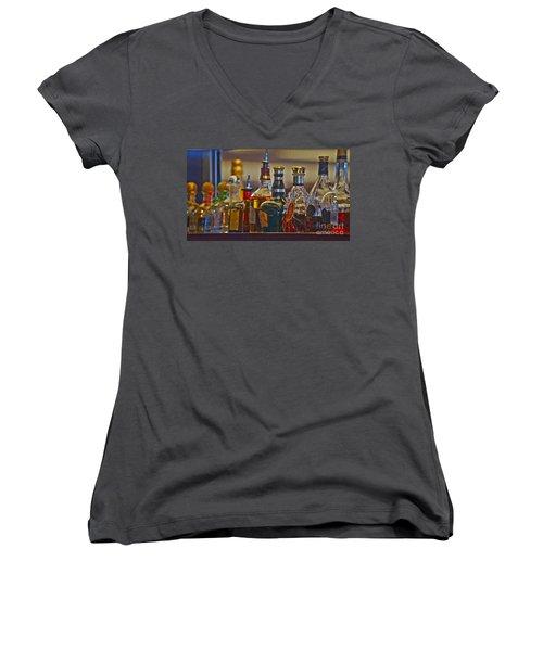 Clubbing Women's V-Neck T-Shirt