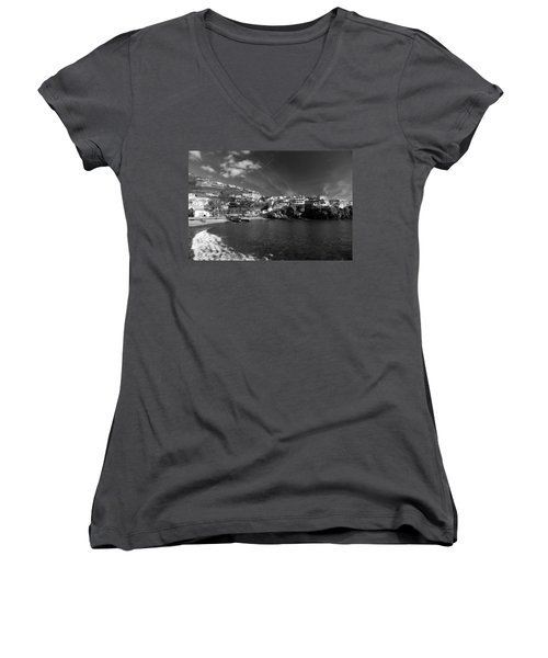 Cove In Black And White Women's V-Neck T-Shirt