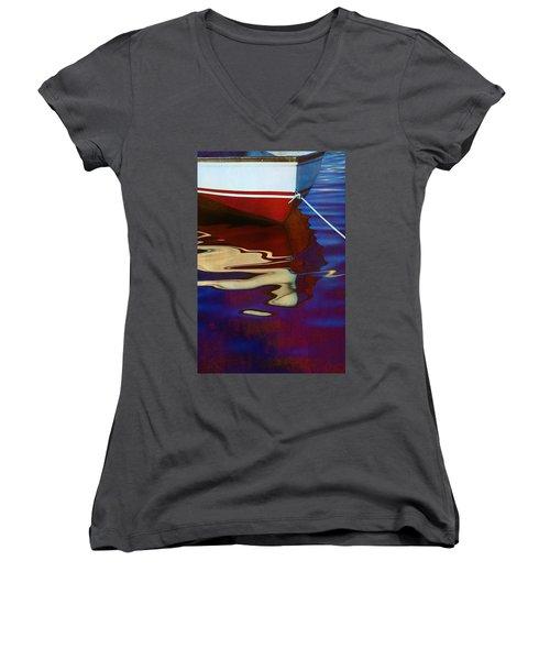 Delphin 2 Women's V-Neck T-Shirt