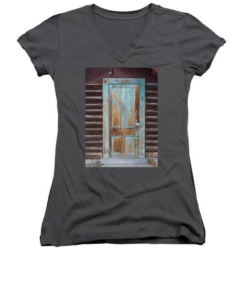 Door One Women's V-Neck