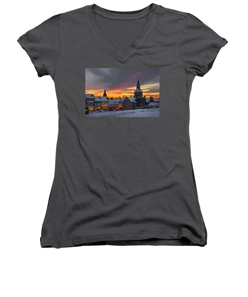 Dunfermline Winter Sunset Women's V-Neck (Athletic Fit)