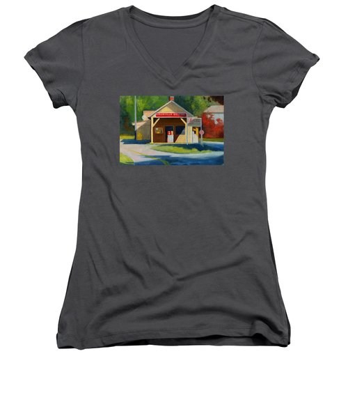 Earlysville Virginia Old Service Station Nostalgia Women's V-Neck T-Shirt