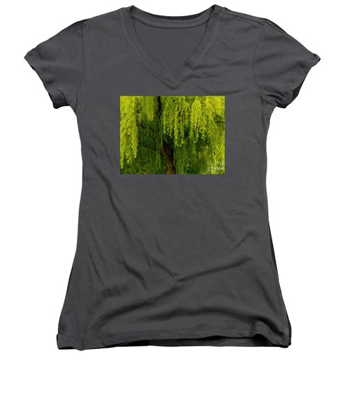Enchanting Weeping Willow Tree  Women's V-Neck T-Shirt