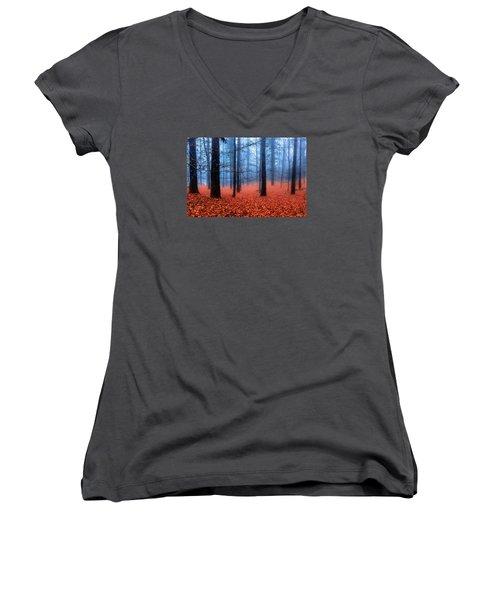 Fog On Leaves Women's V-Neck T-Shirt
