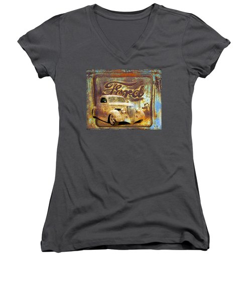 Ford Coupe Rust Women's V-Neck T-Shirt (Junior Cut) by Steve McKinzie