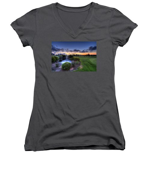 Salem Ohio Golf Women's V-Neck