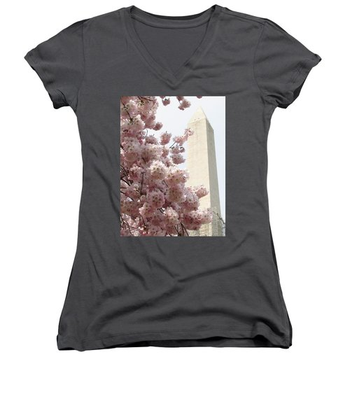 Full Bloom In Dc Women's V-Neck T-Shirt