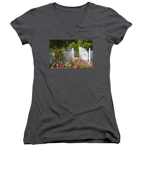 Garden Gate Women's V-Neck