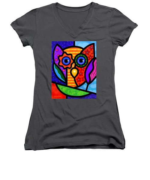 Garden Owl Women's V-Neck T-Shirt