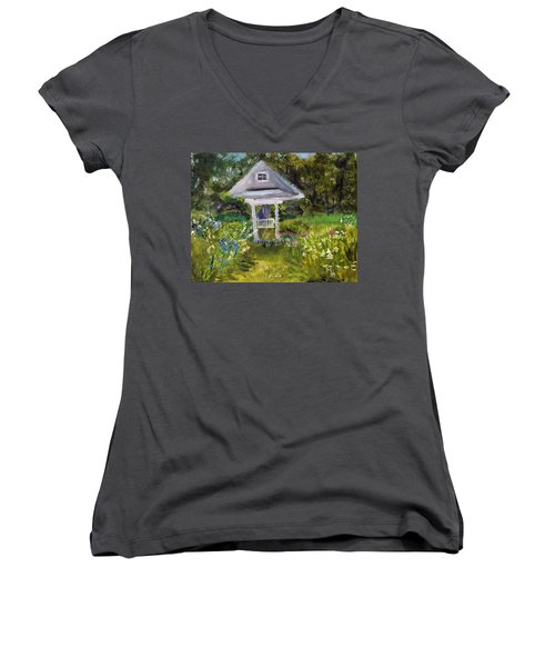 Garden Path Women's V-Neck