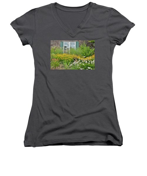 Gardens At The Good Earth Market Women's V-Neck (Athletic Fit)