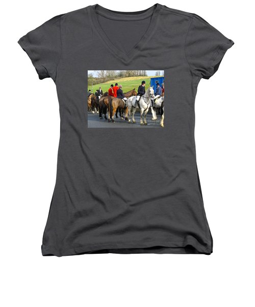 Women's V-Neck T-Shirt (Junior Cut) featuring the photograph Gathering For The Hunt by Suzanne Oesterling