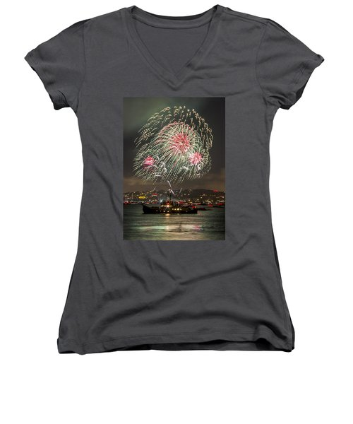 Golden Gate Bridge 75th Anniversary Fireworks 18 Women's V-Neck T-Shirt