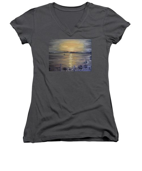 Golden Sea View Women's V-Neck T-Shirt