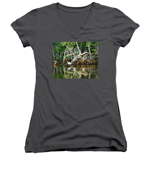 Great White Egret And Reflection In Swamp Mangroves Women's V-Neck T-Shirt