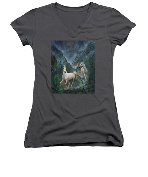 Green Canyon Run Women's V-Neck (Athletic Fit)