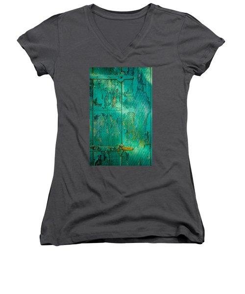 Green Door - Carmel By The Sea Women's V-Neck T-Shirt (Junior Cut)