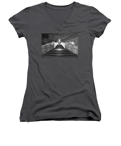 Ha'penny Bridge Steps At Night - Dublin - Black And White Women's V-Neck (Athletic Fit)