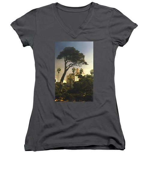 Hotel California- La Jolla Women's V-Neck T-Shirt
