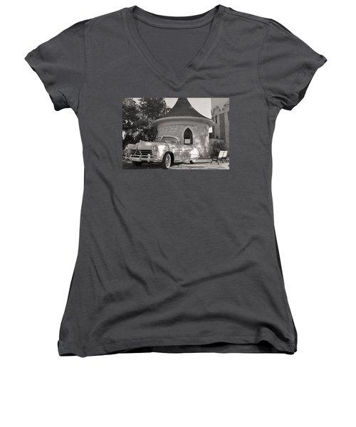 Women's V-Neck T-Shirt (Junior Cut) featuring the photograph Hudson Commodore Convertible by Verana Stark
