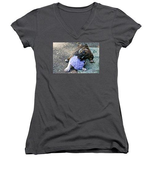 Imma Git U    Pit Bull Pup Women's V-Neck