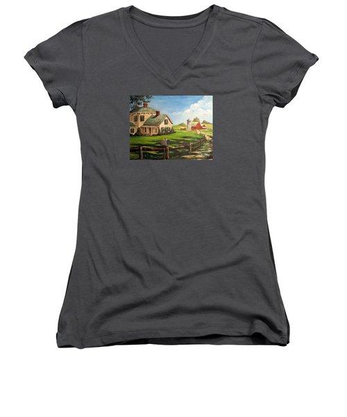 Iowa Farm Women's V-Neck T-Shirt (Junior Cut) by Lee Piper