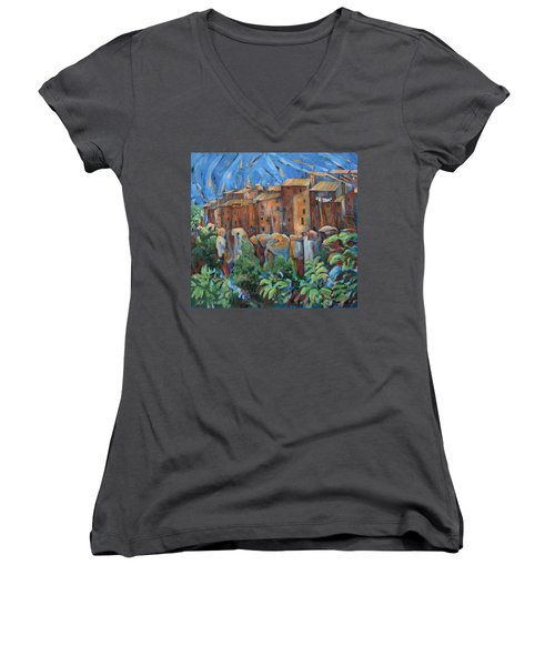 Isola Di Piante Large Italy Women's V-Neck T-Shirt (Junior Cut)