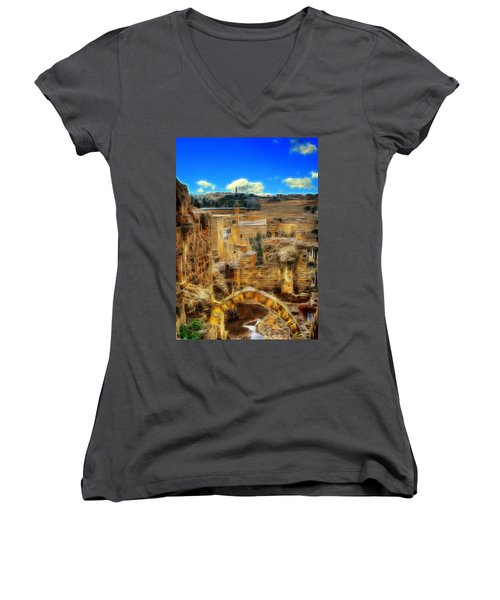 King Davids House Women's V-Neck T-Shirt